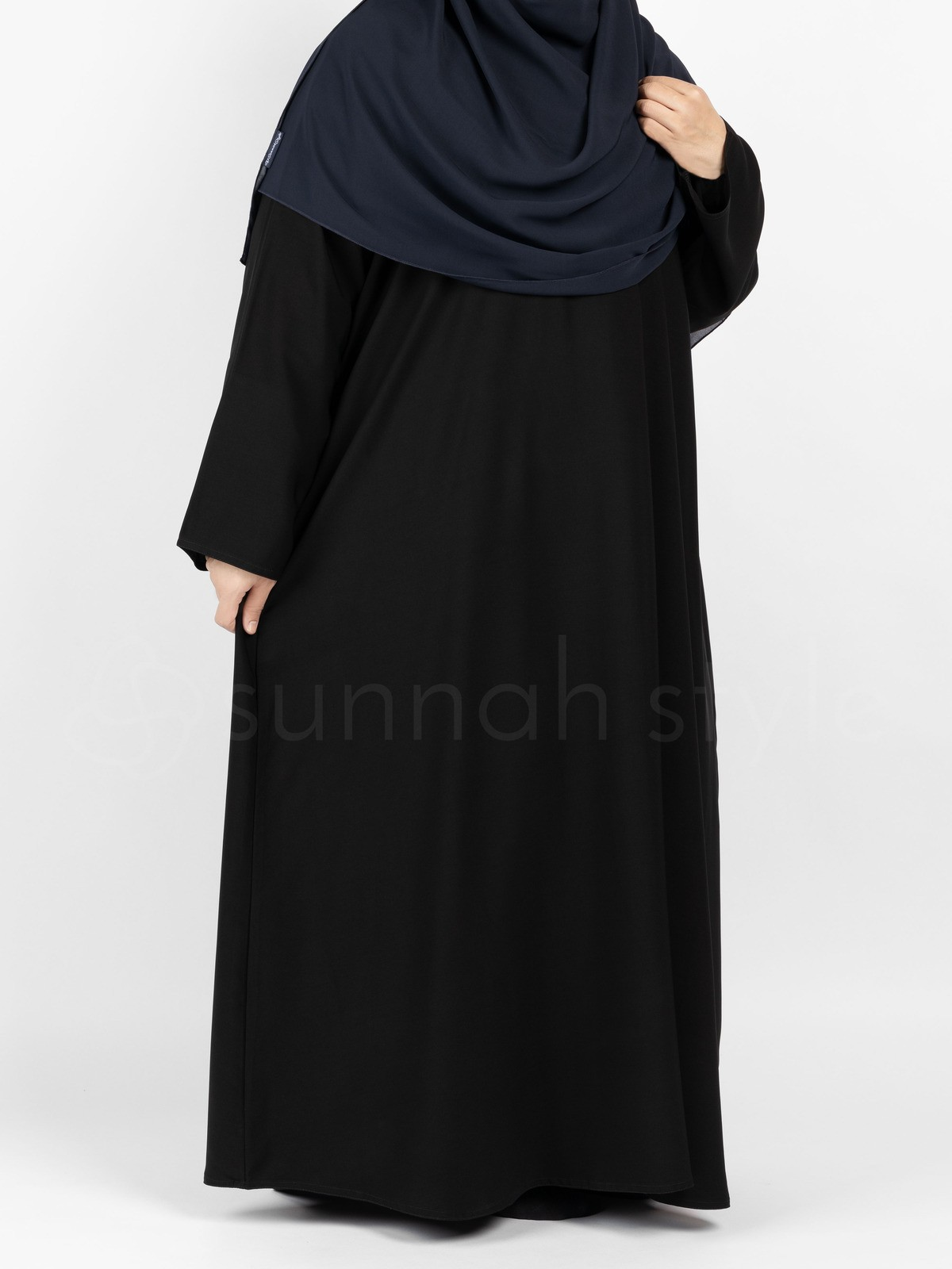 Sunnah Style - Plain Closed Abaya - PLUS (Black)