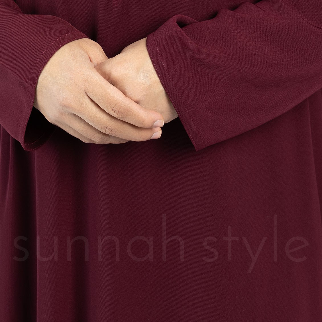 Essentials Closed Abaya (Burgundy)
