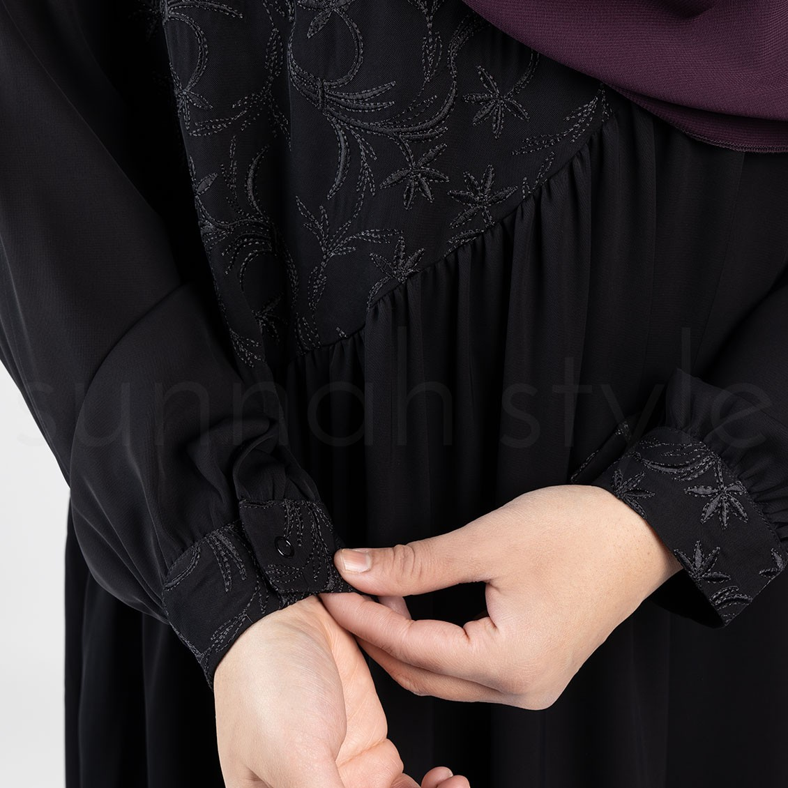 Sunnah Style Floral Umbrella Abaya Black Embroidered