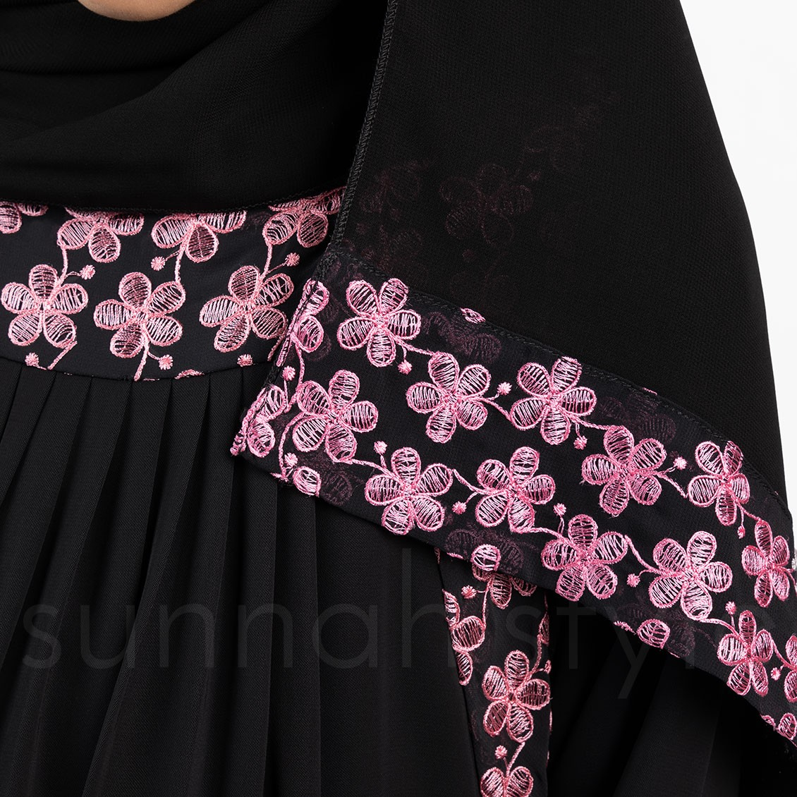 Sunnah Style Girls Daisy Umbrella Embroidered Abaya